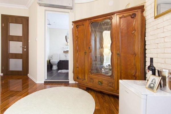 Penthouse Suites Apartments - фото 13