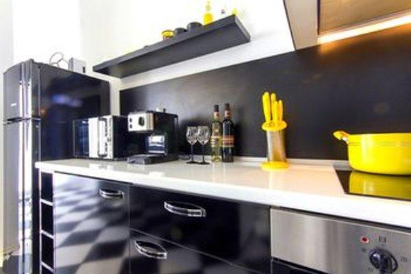 Penthouse Suites Apartments - фото 14