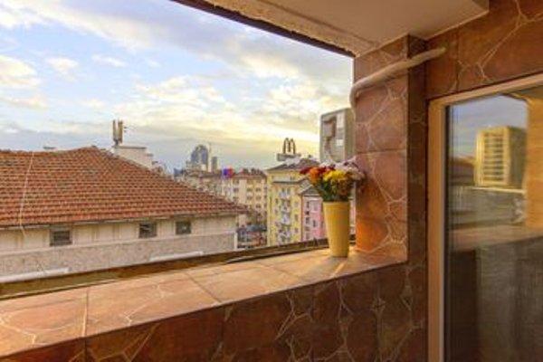 Penthouse Suites Apartments - фото 16