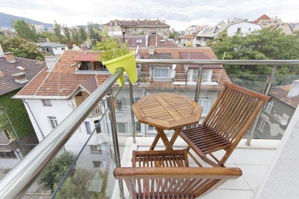 Penthouse Suites Apartments - фото 20