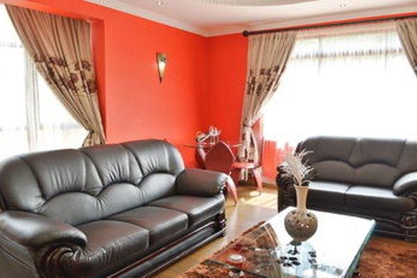 Fahari Palace Serviced Apartments - фото 10