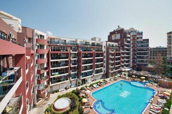 Admiral Plaza Holiday Apartments - 11