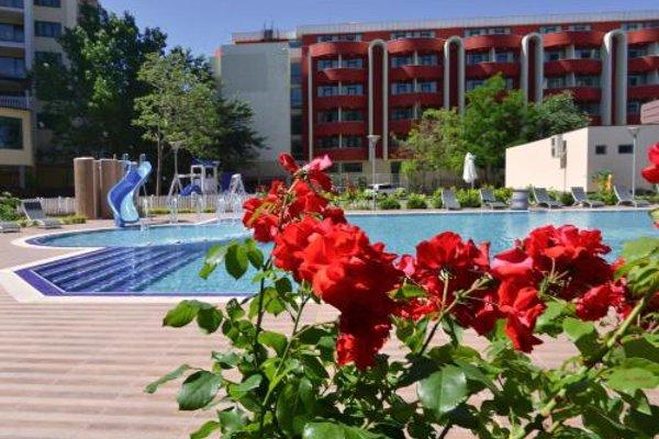 Admiral Plaza Holiday Apartments - 6