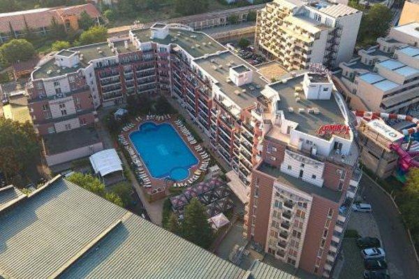 Admiral Plaza Holiday Apartments - 8