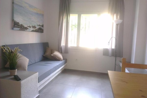 Apartaments La Riera - фото 5