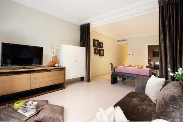 Enjoybcn Tapies Apartments - 8