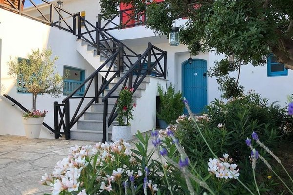 Marelia Apartments - фото 19