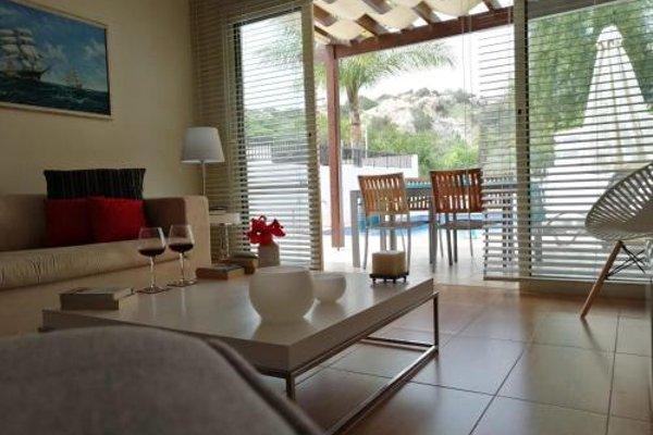 Marelia Apartments - фото 6