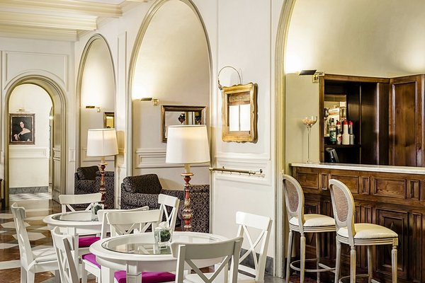 Eurostars Centrale Palace Hotel - фото 9