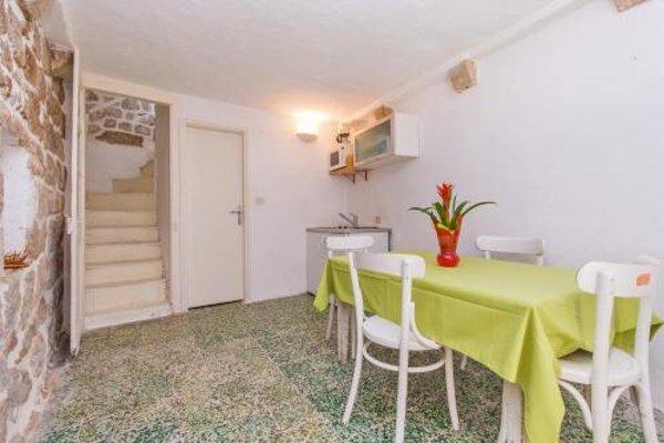 Peti Apartment - 11