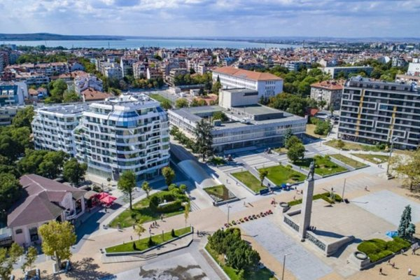 Super Central Luxury Apartment Burgas - фото 22