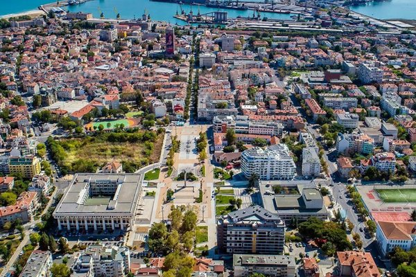 Super Central Luxury Apartment Burgas - фото 23
