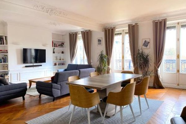 Marvellous Sunbathed 3BR at the heart of Paris - фото 50