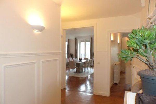 Marvellous Sunbathed 3BR at the heart of Paris - фото 10