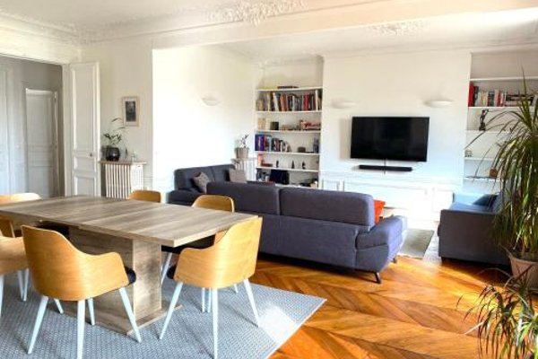 Marvellous Sunbathed 3BR at the heart of Paris - фото 18