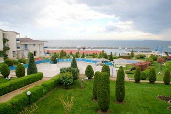 Baratero Vlas Marina Apartment - фото 11