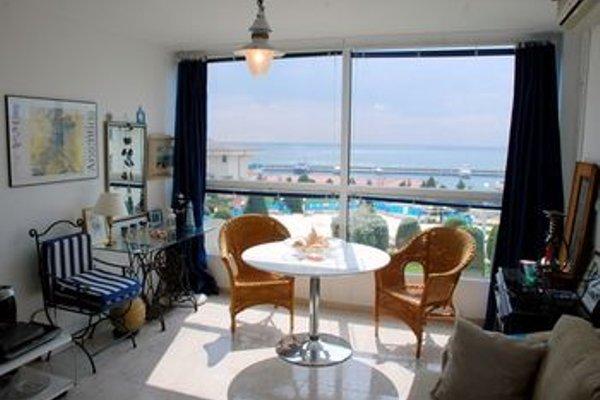 Baratero Vlas Marina Apartment - фото 13