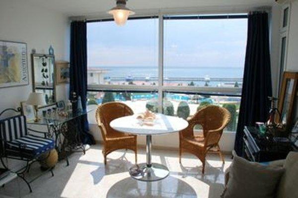 Baratero Vlas Marina Apartment - фото 14