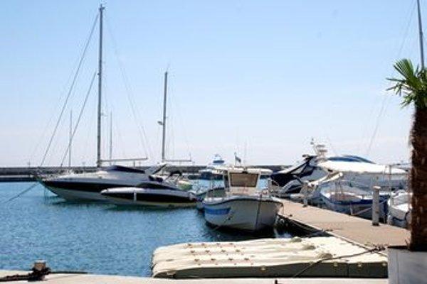 Baratero Vlas Marina Apartment - фото 23