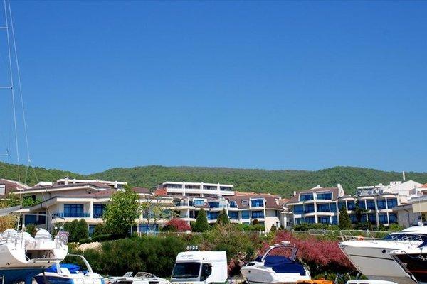 Baratero Vlas Marina Apartment - фото 4