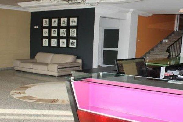 Futuris Hotel - фото 15