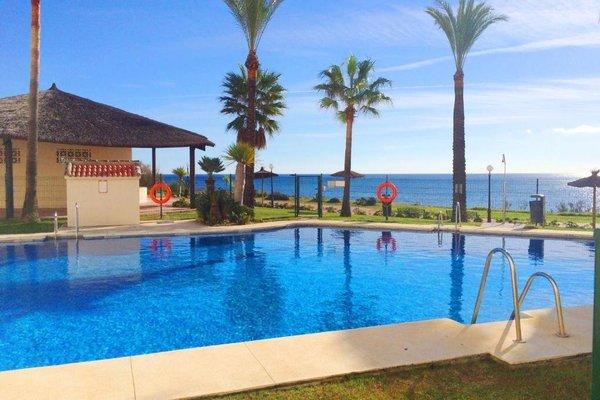Apartments Bermuda Beach - фото 8
