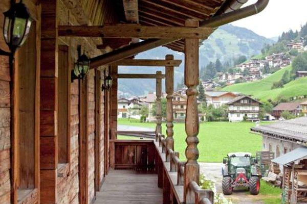 Blick Zum Mayrhofen - 17