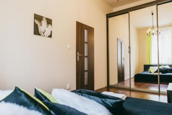 Apartment in Jewish District - фото 3