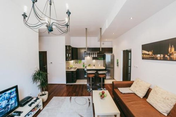 Apartment in Jewish District - фото 5