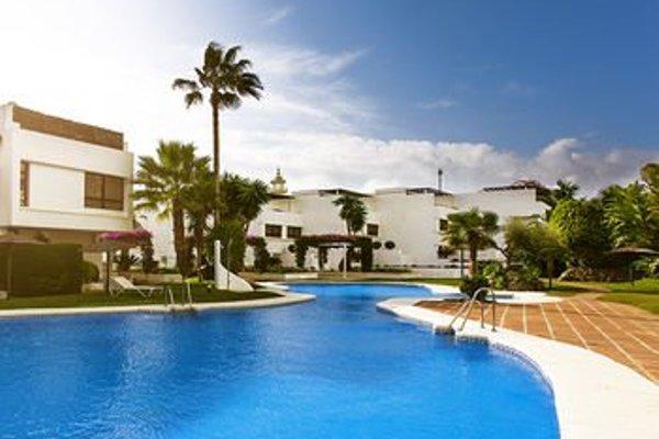 Livescape Villa Coto Real - 14