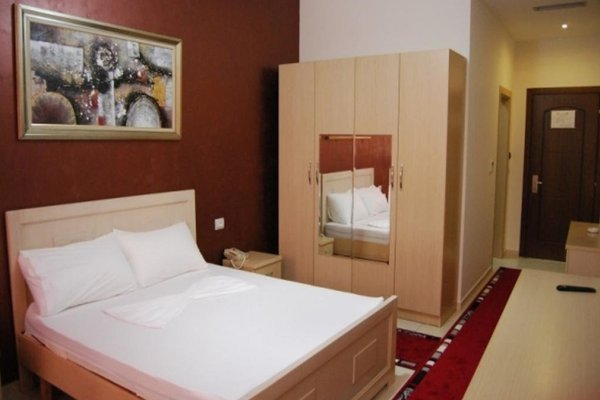 Gjuta Hotel - фото 3