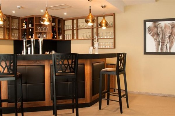 Le Lodge Brit Hotel Strasbourg Zenith - фото 10