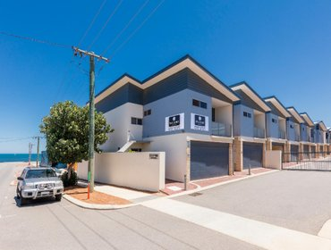 Апартаменты Waldorf Geraldton Serviced Apartments