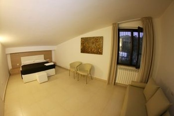 San Michele Apartments - фото 5