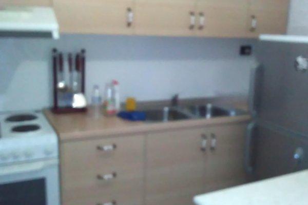 Ana's Hostel - фото 8