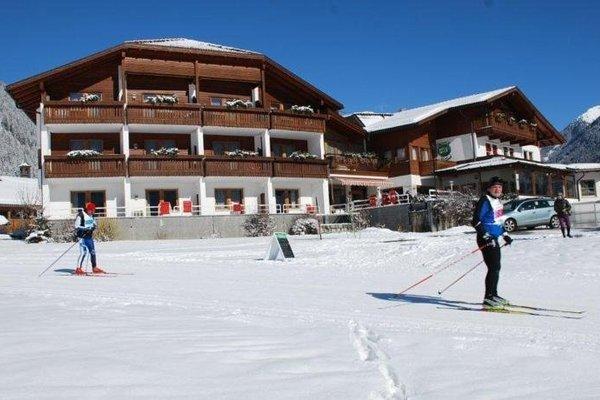 Hotel Tyrol - 10
