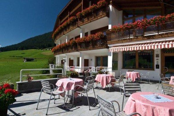 Hotel Tyrol - 9