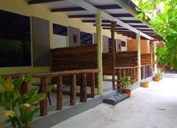 Rasdhoo Island Inn Beachfront фото 2