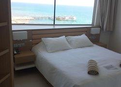 Vrissaki Beach Hotel фото 3