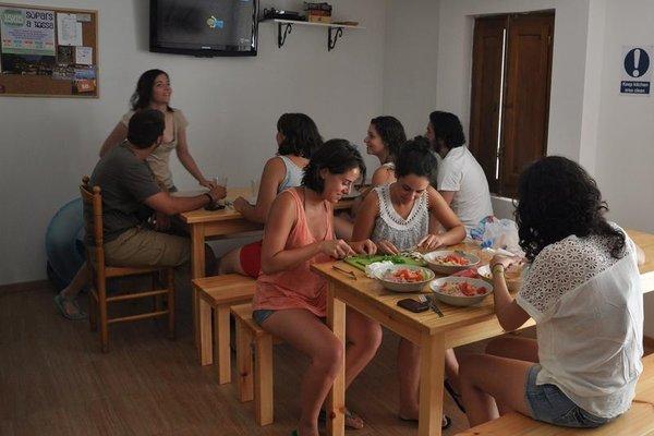 Mana Mana Hostel - фото 4