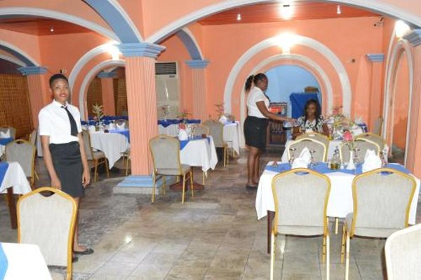 Hotel Royal Palace - 11