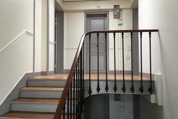 Pere Lachaise Apartment - 29