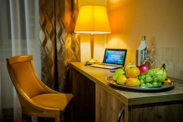 Wellness Hotel Hluboky Dvur - фото 11