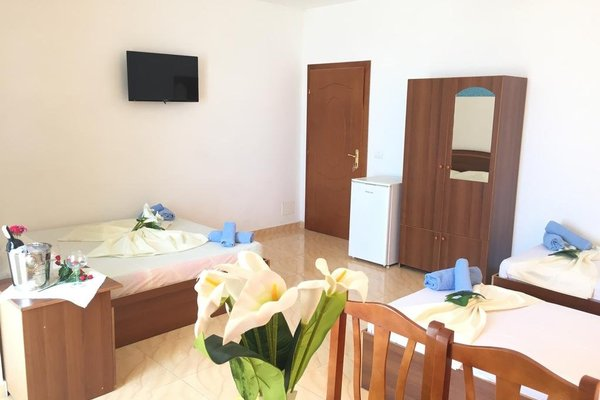 Hotel Lakaj - фото 6