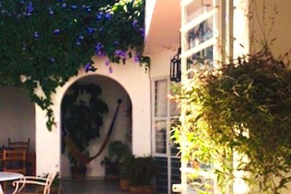 Casa Canario Hostel - фото 23