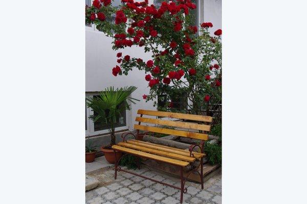 Гостевой дом «Дом в Розах» - фото 20