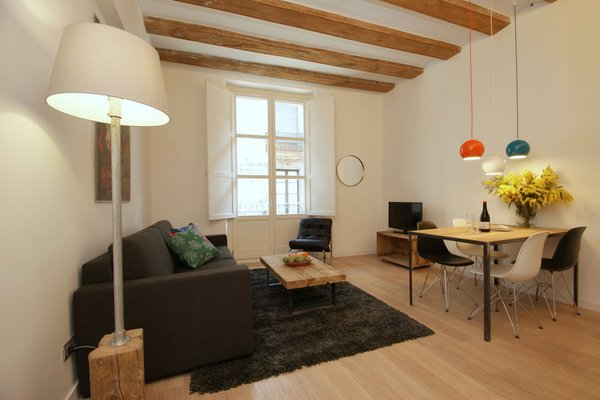 Ramblas Deluxe Apartments - 4