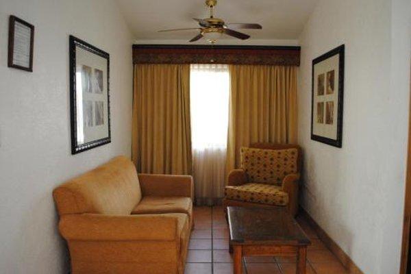 Suites el Paseo - фото 4
