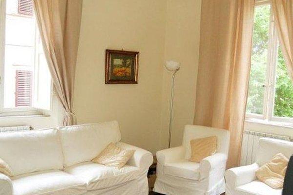Via Vittorio - фото 4