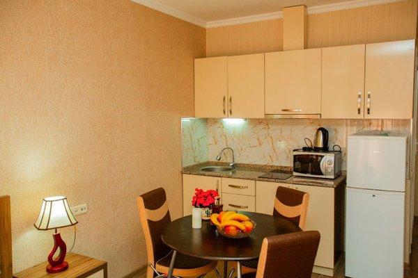 Helen Apartments - фото 13